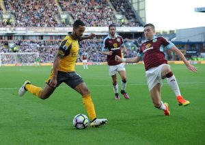 zp_647699881dp004_burnley_v_ar_548