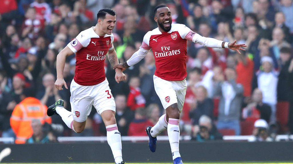 LONDON, ENGLAND - FEBRUARY 24: Alexandre Lacazette of Arsenal celebrates after scoring his team's first goal during the Premier League match between Arsenal FC and Southampton FC at Emirates Stadium on February 23, 2019 in London, United Kingdom. (Photo by Richard Heathcote/Getty Images)