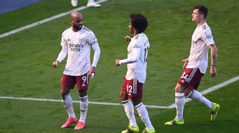 Lacazette, Willian, Xhaka célèbre le but du penalty obtenu par Pepe